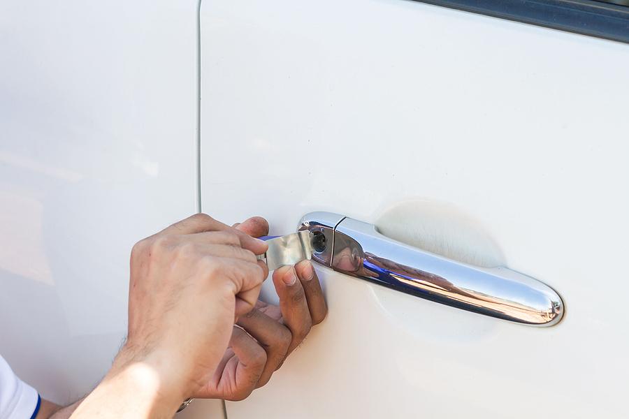 emergency auto locksmith car lockout