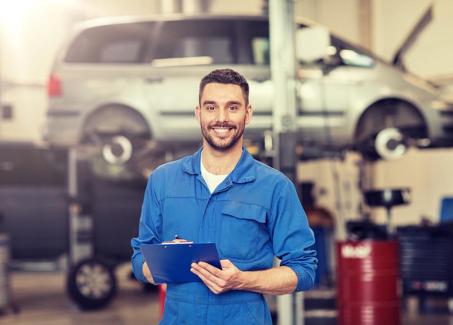 car mechanic auto locksmith